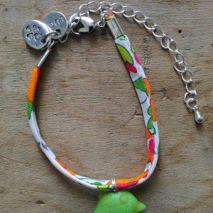 Bracelet liberty orange vert dauphin vert medaille luck