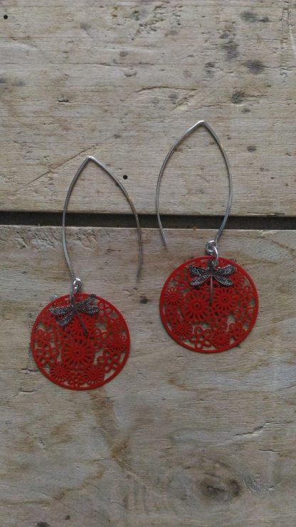 Boucles d'oreilles médaille fleurie filigrane rouge et Libellules