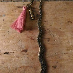 Marque page bronze Rouleau et pompon saumon