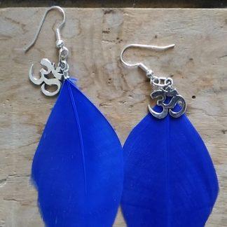 Boucles d'oreilles plume bleu et symbole Om