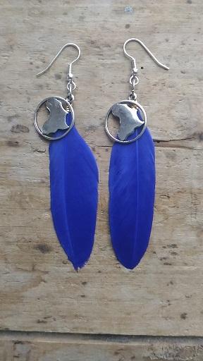 Boucles d'oreilles plume bleue et carte afrique