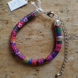 Bracelet cordon ethnique 3 rose mauve orange etc