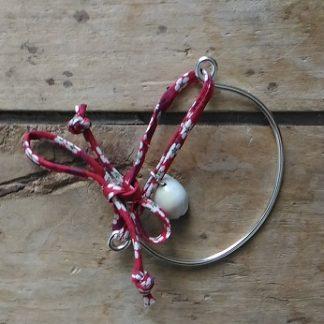 Bracelet mi-métal argent mi-liberty rouge et coquillage