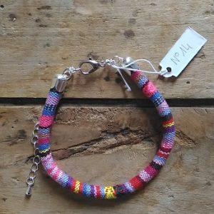 Bracelet cordon ethnique rose mauve n°14