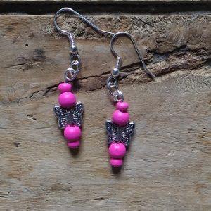 Boucles d'oreilles 1 papillon et perles rose vif