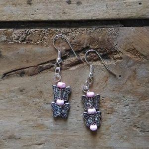 Boucles d'oreilles 2 papillons et perles rose