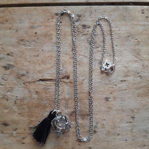 Collier argent cristal en cage et pompon noir