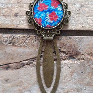 Marque-Page bronze cabochon fleurs rouges fond bleu